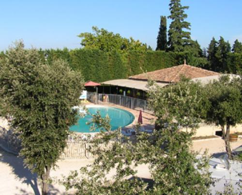 Location camping vaucluse 84 violes camping des favards for Camping vaucluse piscine