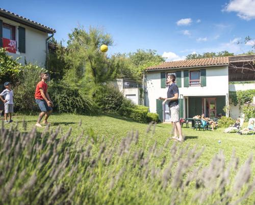 location Centre et village vacances Ardèche (07) Domaine Lou ...